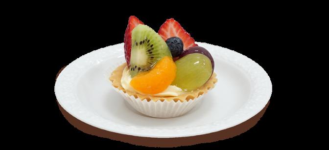 Babeczka z owocami na talerzyku