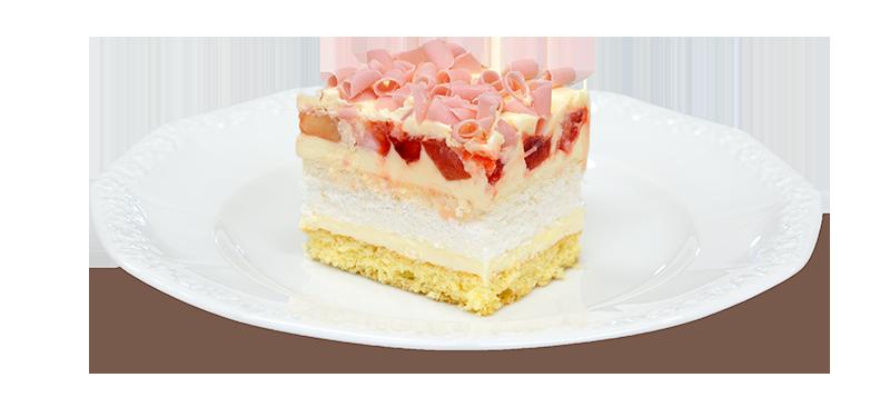 Kawałek ciasta beza z truskawkami na talerzyku
