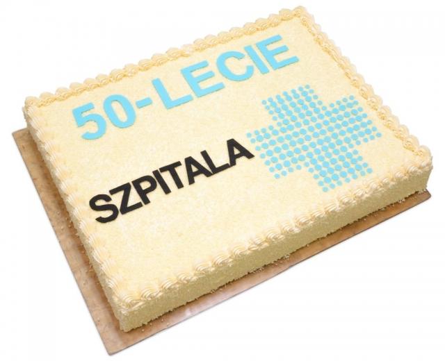 tort na 50-lecie szpitala w Ostrowie Wielkopolskim