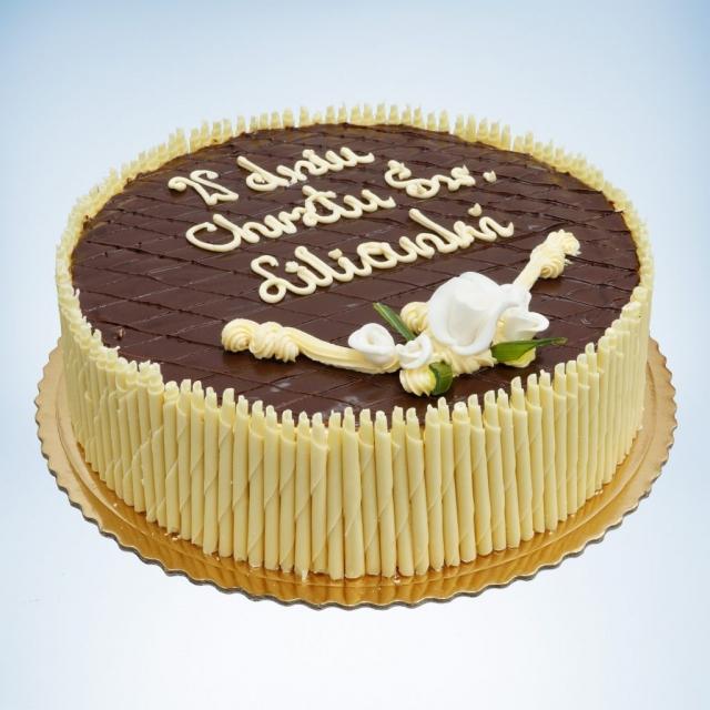 czekoladowy tort na chrzest