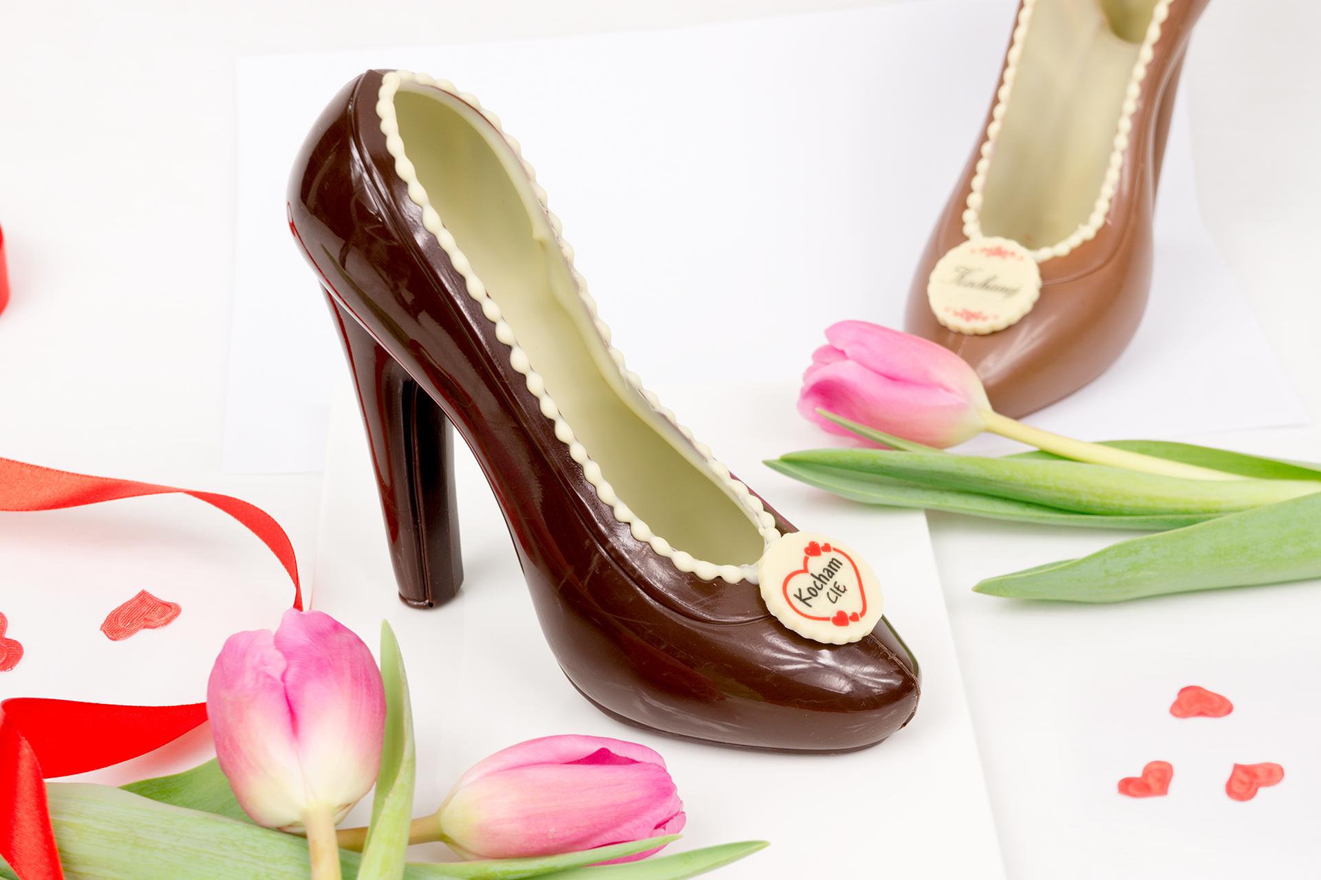 czekoladowe buty