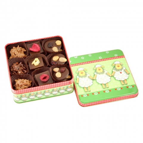 zielona puszka z czekoladkami