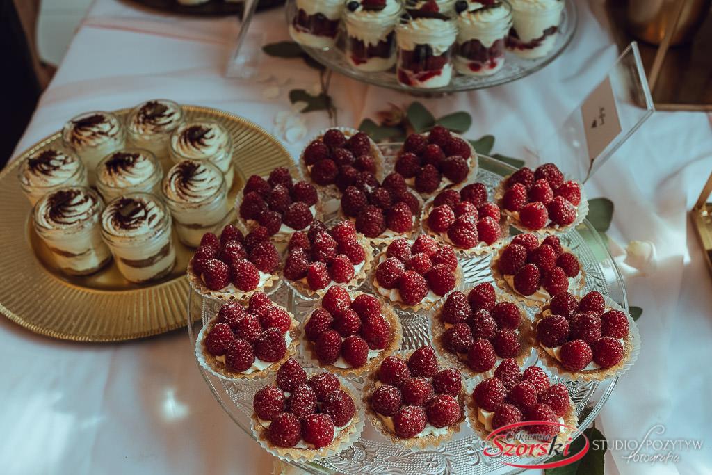 elegancki słodki stół
