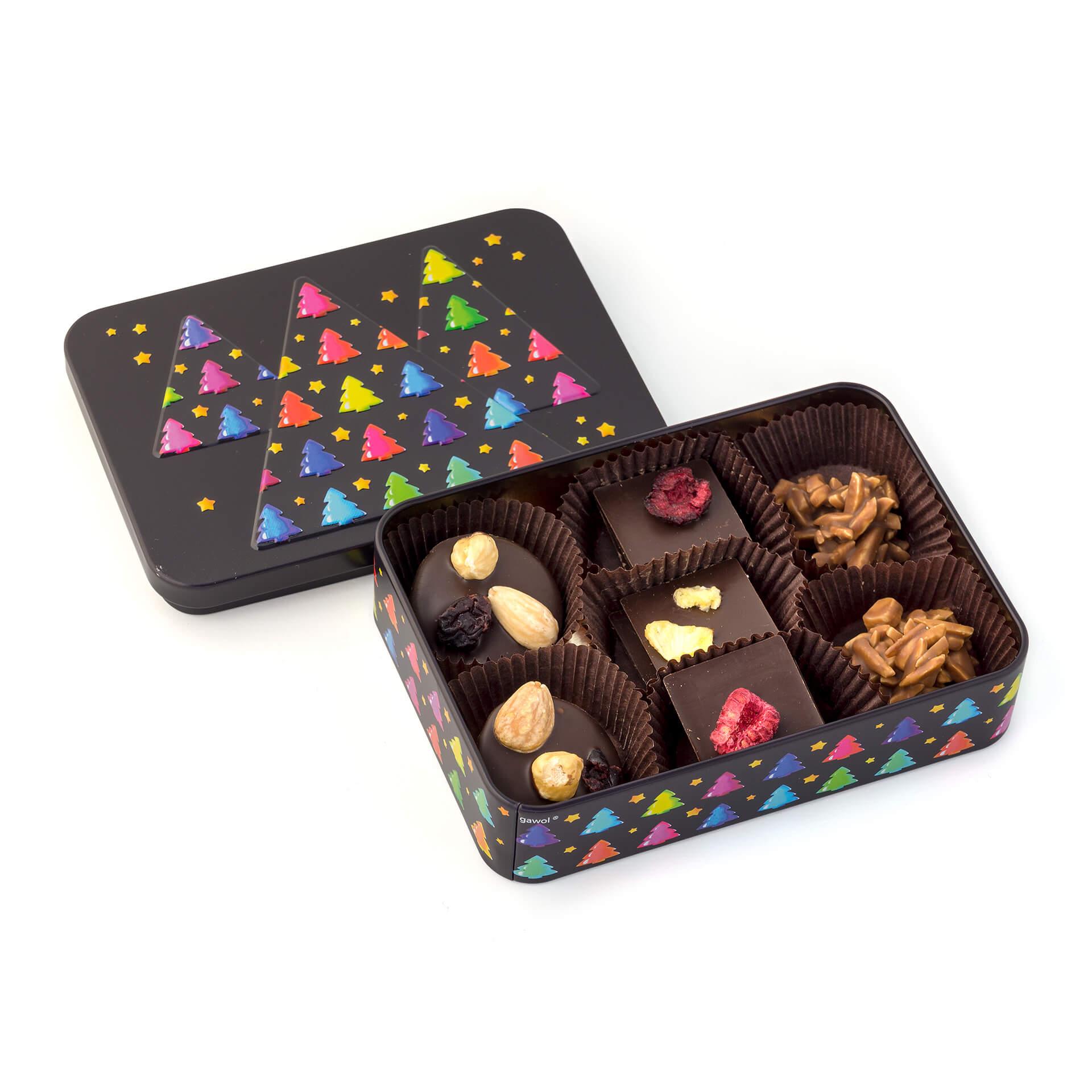 Świąteczna puszka z czekoladkami